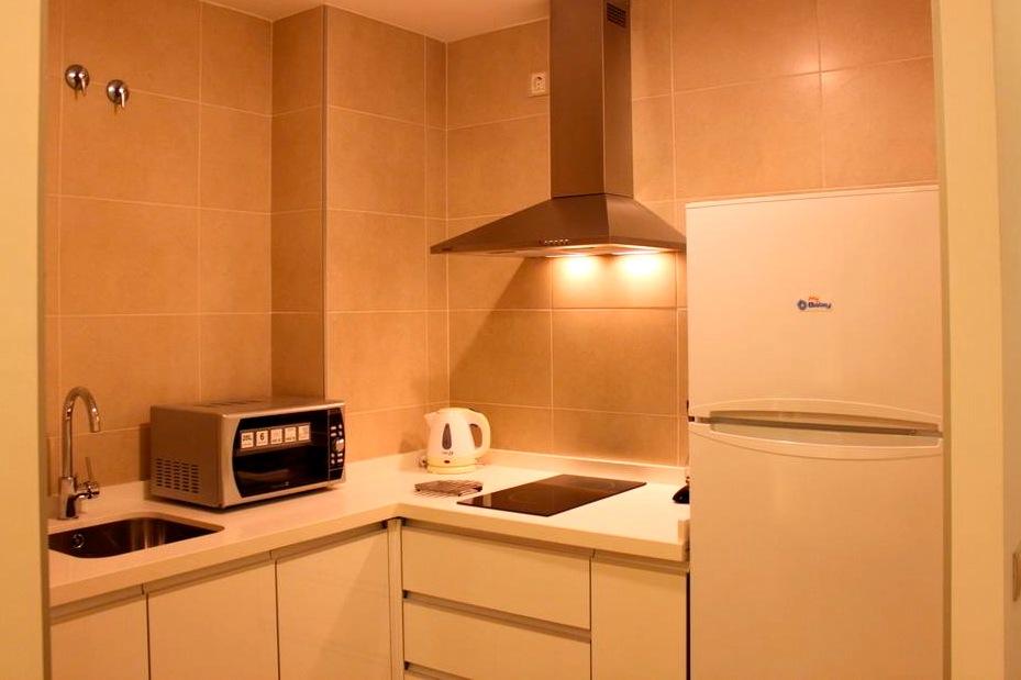 Malaga-appartement-keuken-flydrive-stednereis