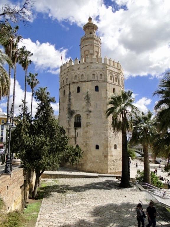 Torre de Oro in Sevilla
