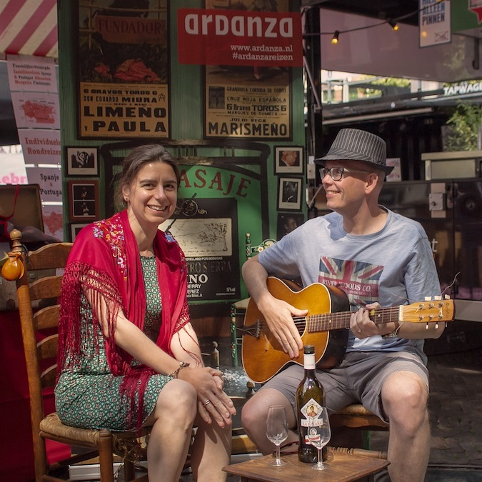 Stijn en Leandra op de Spaanse dag Utrecht