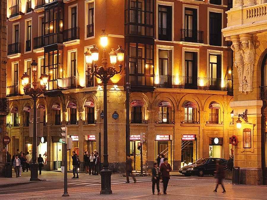 Het Hotel vanaf buiten