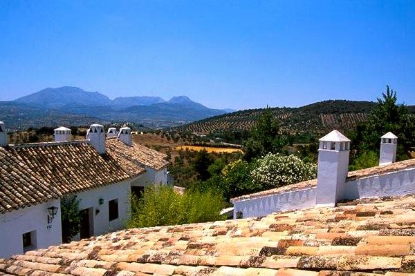 Het complex met 30 huisjes in het Natuurpark Sierra de Subbetica
