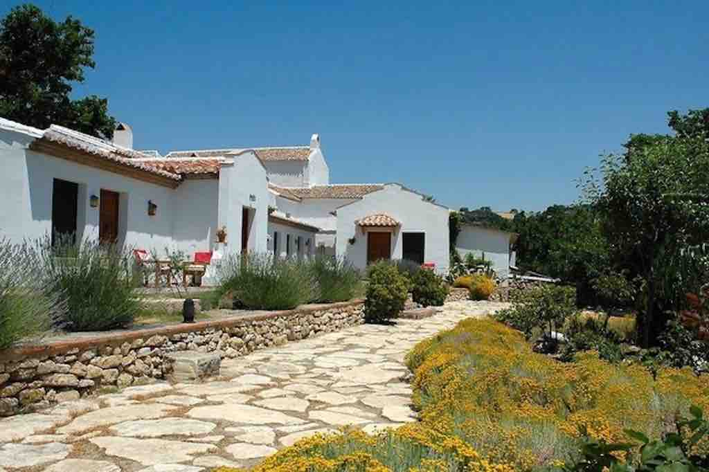 Charmante en gastvrije Cortijo met 8 gastenkamers en zwembad
