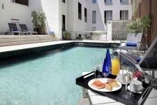 Luxe designhotel in historisch pand met zwembad