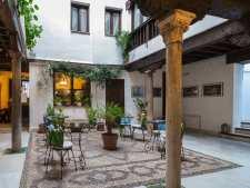 Stadspaleis in hartje centrum Granada, in de wijk Albaicin
