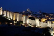 Ávila bij avond