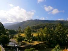Uitzicht vanuit de Quinta aan de voet van de Sierra de Estrella