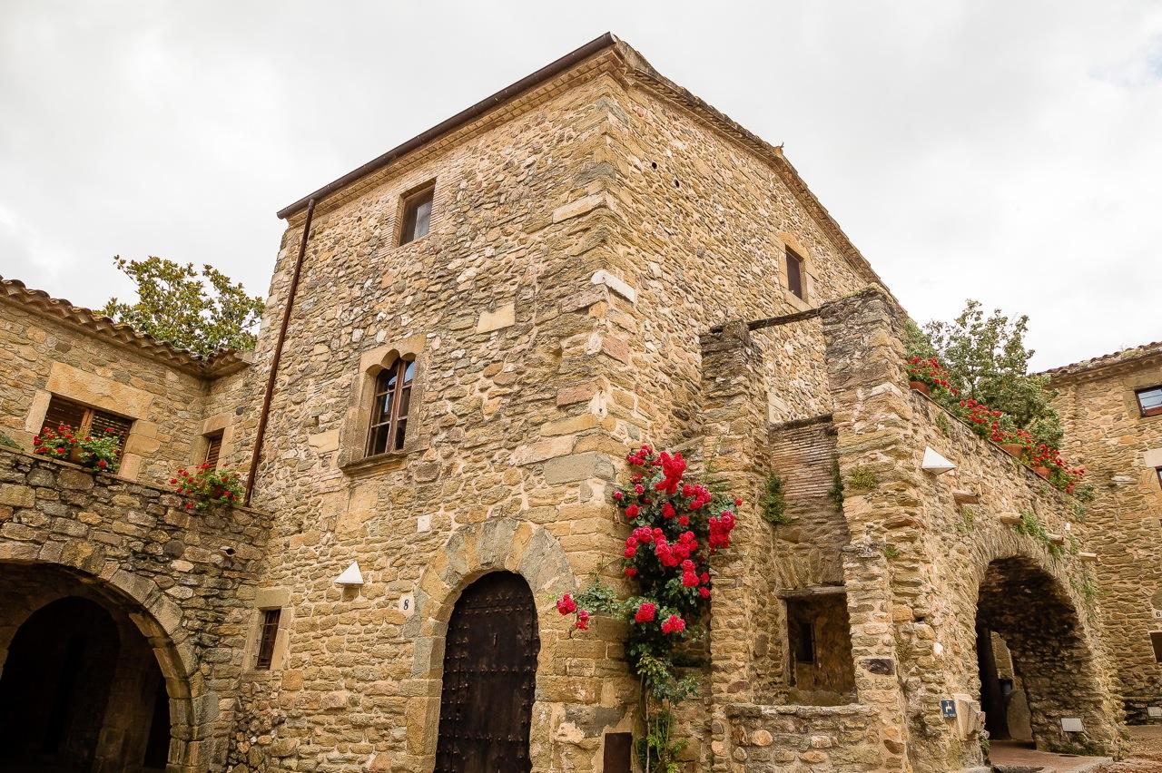 Manolls, een van de middeleeuwse dorpjes