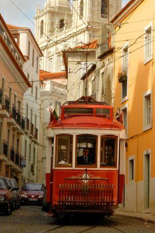 lissabon-tram-anne-portugal-rondreis