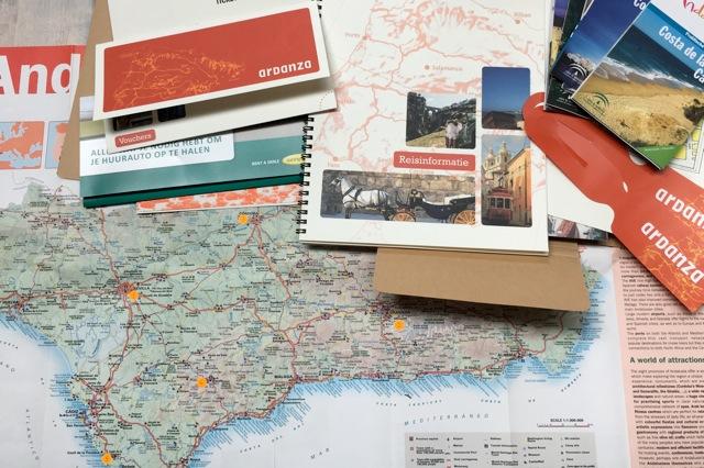 Zeer uitgebreide reisbescheiden en draaiboek van de reis