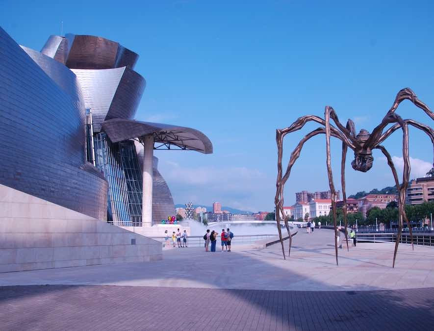 Guggenheim-Frank-Gehry-Bilbao-Hans-Lok-rondreis-Groen-Spanje