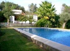 Huisje aan het zwembad