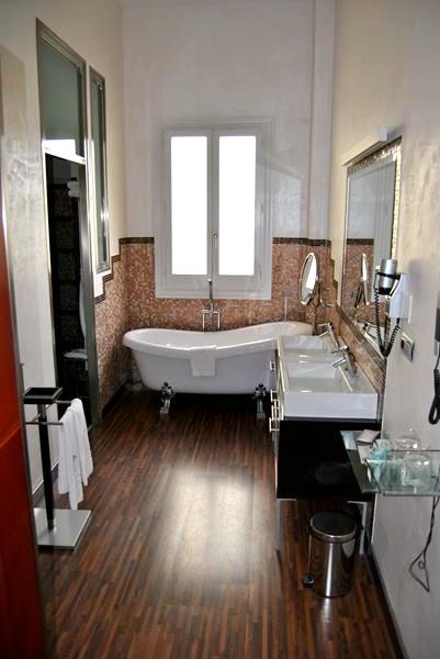 Jerez_-Palacio-badkamer-hotel-rondreis-andalusie-boutique1