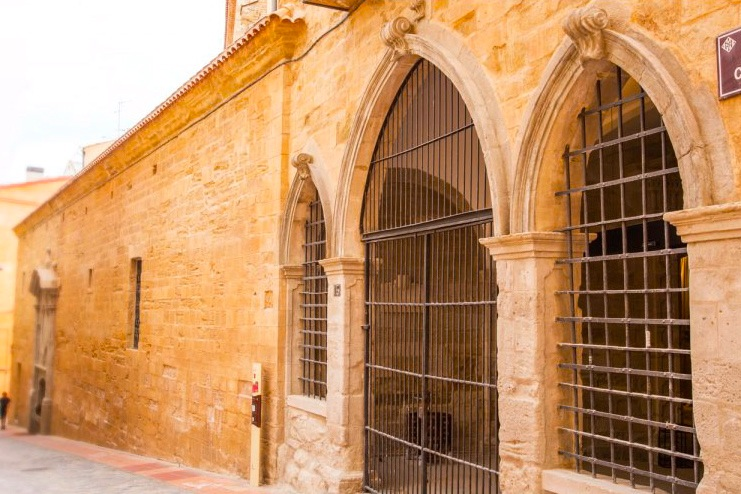 Façade van het Klooster