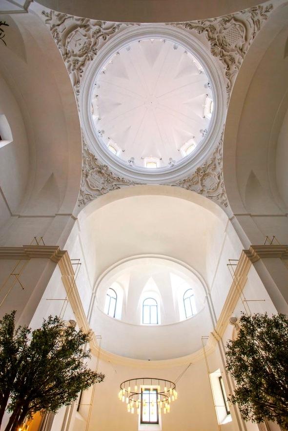 De kerk, nu het restaurant van de Parador