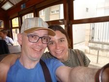 Stijn en Leandra in tram 28 in Lissabon!