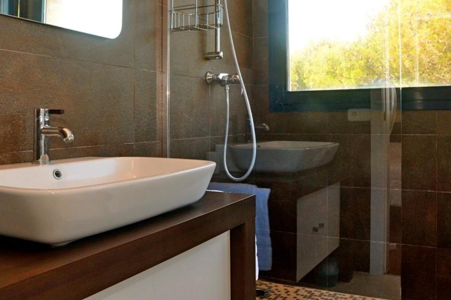 De en-suite badkamer