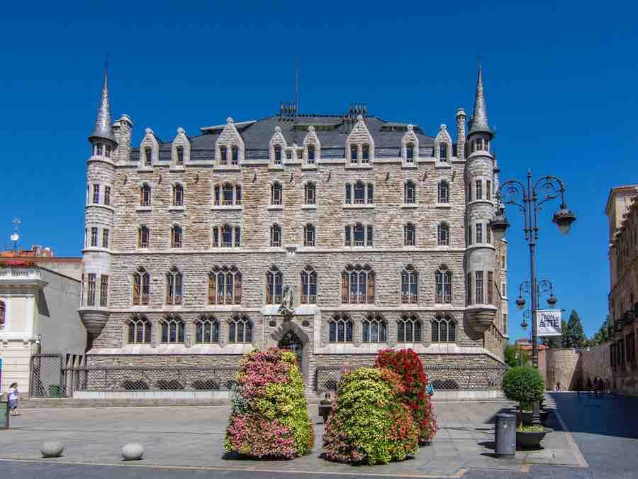 Casa de los Botines van Gaudi in León